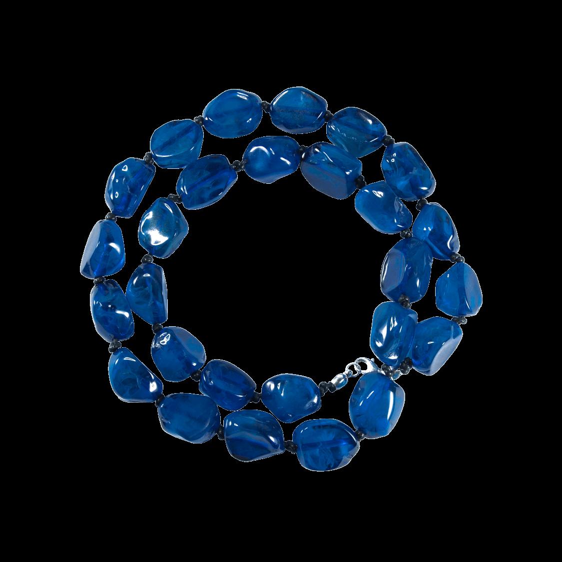 Collar de resina natural color azul Klein